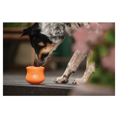 Zogoflex Игрушка под лакомства для собак Toppl S оранжевая (фото, вид 1)